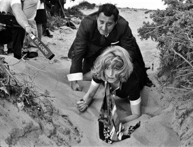 Dal film Amore Aiutami. Monica Vitti e Alberto Sordi - Archivio Enrico Appetito
