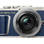 La Olympus PEN E-PL9 si veste di blu