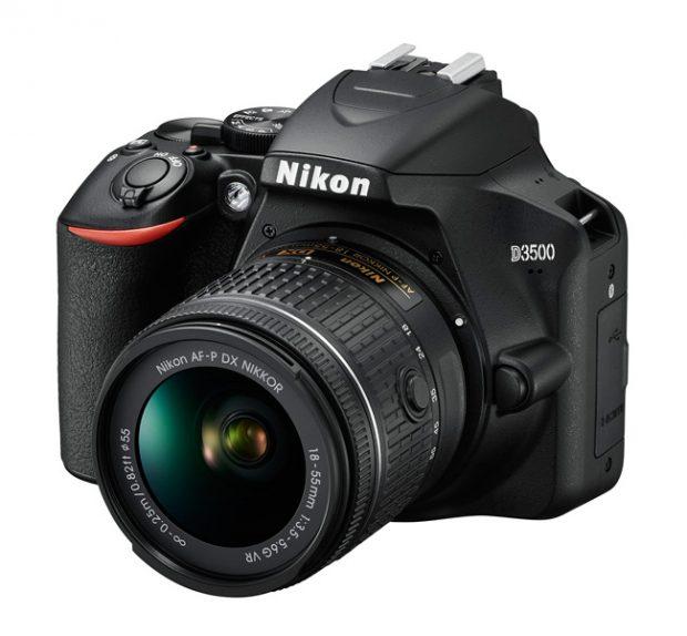 Nikon D3500, si rinnova la reflex entry-level