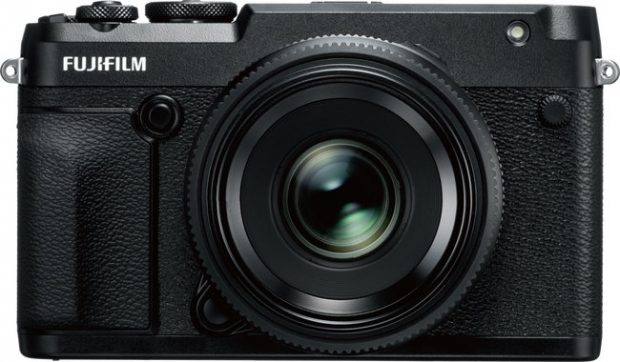 Fujifilm, mirrorless medio formato GFX 50R e 'concept' da 100 MP con video 4K