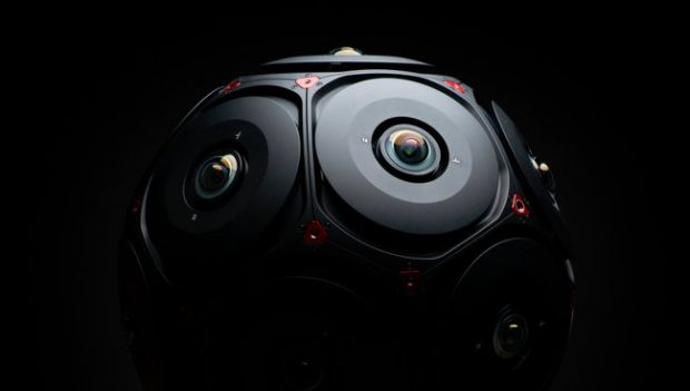 Facebook e RED: la camera VR si chiama Manifold