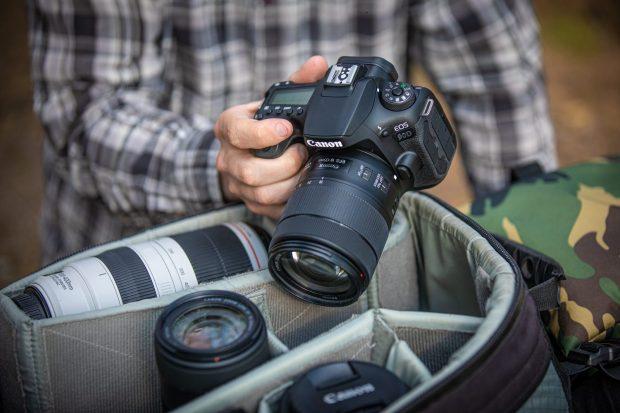 Canon, nuove reflex EOS 90D e mirrorless EOS M6 Mark II