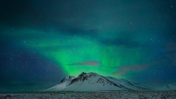 Whispers of Light, 33 immagini per il pianeta