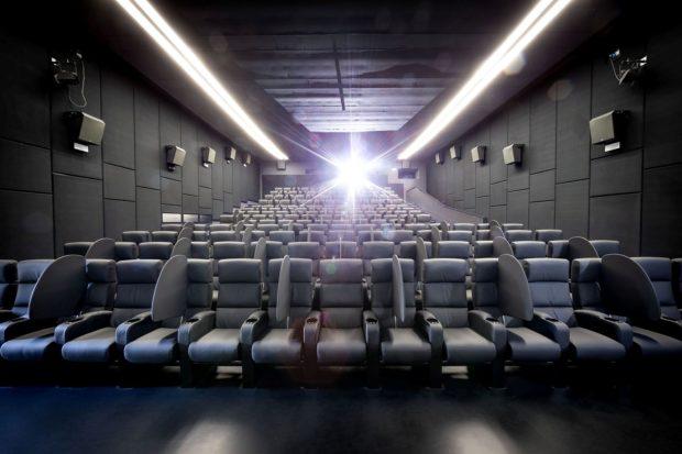 Al cinema in sicurezza: la soluzione Sonego Visionario