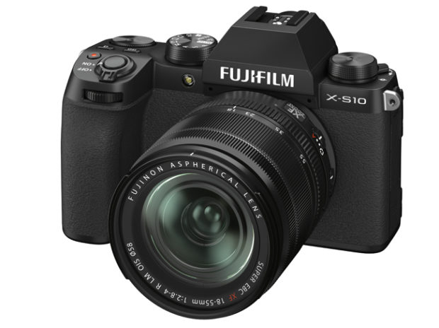 Fujifilm X-S10, la piccola è grande
