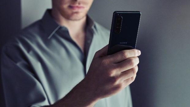 Sony, nuovi smartphone top di gamma Xperia 1 III e Xperia 5 III