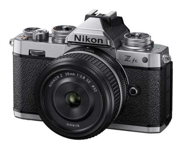 Nikon Z fc, look vintage per una mirrorless tutta nuova