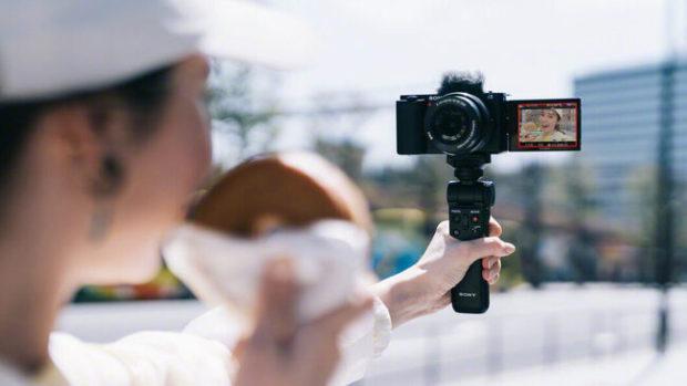 Sony Alpha ZV-E10, perfetta per i vlogger