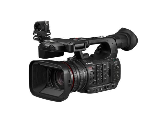 Canon, camcorder XF605 4K e ottica 8K